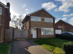 3 Bedrooms Detached House for sale in The Fairway, Sittingbourne, Kent