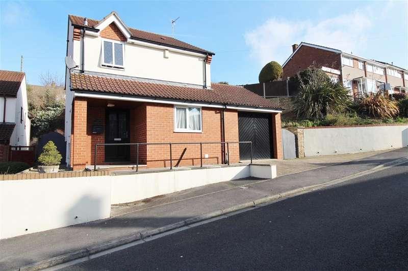 4 Bedrooms Detached House for sale in Dundridge Lane, Bristol