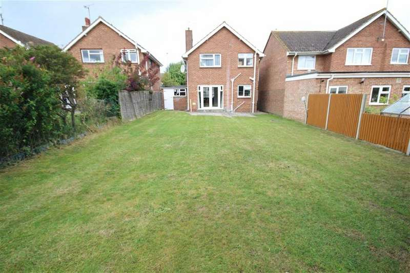 3 Bedrooms Detached House for sale in Windsor Road, Lawn, Swindon