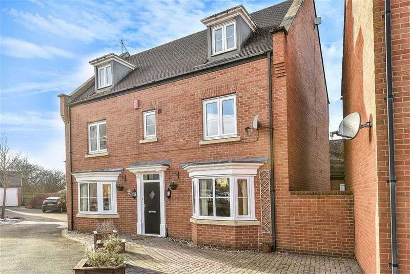 5 Bedrooms Detached House for sale in Pathfinder Way, Oakhurst, Swindon