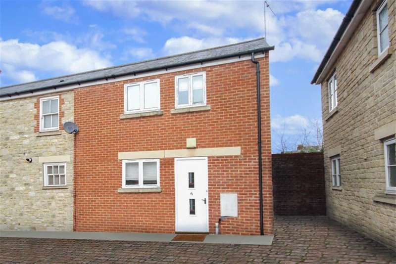 1 Bedroom End Of Terrace House for sale in Ermin Mews, Stratton, Wiltshire