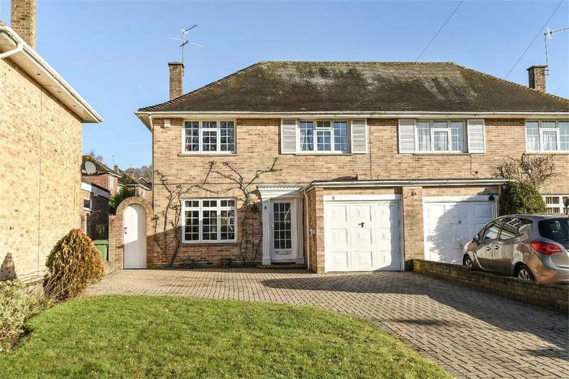4 Bedrooms Semi Detached House for sale in Scantabout Avenue, Chandler's Ford, Hampshire