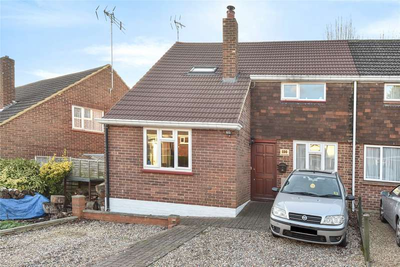 3 Bedrooms Semi Detached House for sale in Caves Farm Close, Sandhurst, Berkshire, GU47