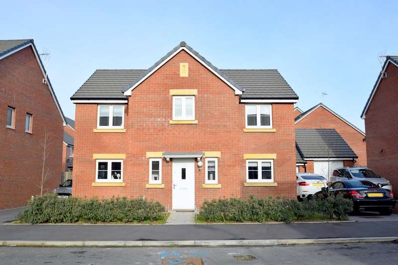 4 Bedrooms Detached House for sale in 50 Clos Y Mametz, Porthcawl, Bridgend County Courough, CF36 5DJ.