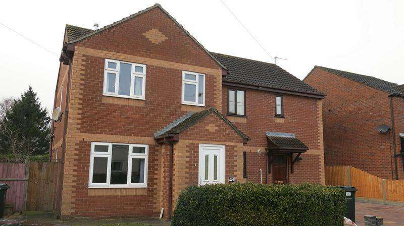3 Bedrooms Semi Detached House for rent in 41 Prospect Street, Horncastle