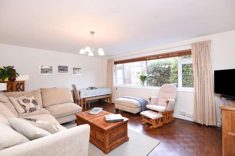 2 Bedrooms Flat for sale in Stanhope Gardens, Highgate