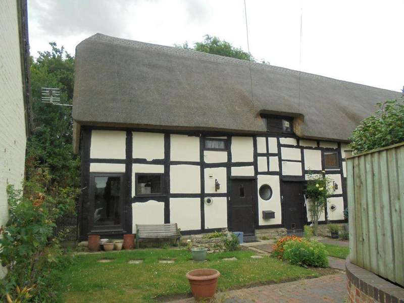 3 Bedrooms Cottage House for rent in Eckington