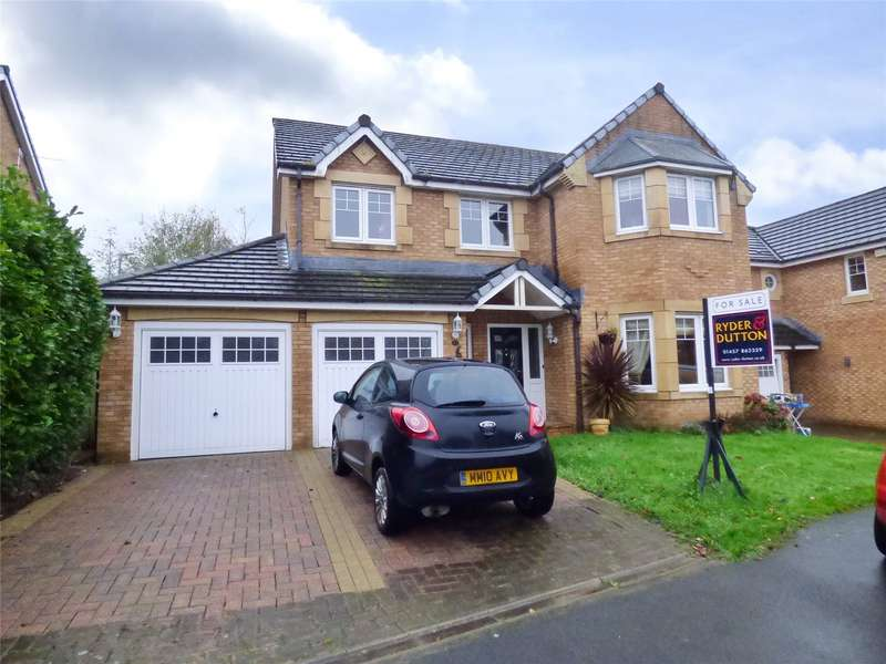 4 Bedrooms Detached House for sale in Kingfisher Way, Glossop, Derbyshire, SK13