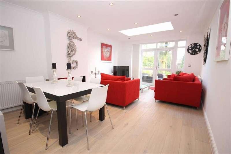 3 Bedrooms Town House for rent in Dundreggan Gardens, Didsbury, Manchester