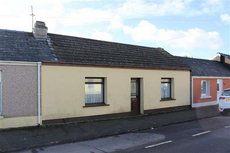 2 Bedrooms Cottage House for sale in High Street, Pembroke Dock