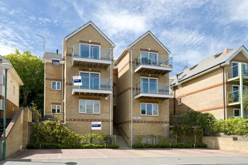 2 Bedrooms Flat for sale in Studland Road, Alum Chine, Bournemouth, Dorset, BH4