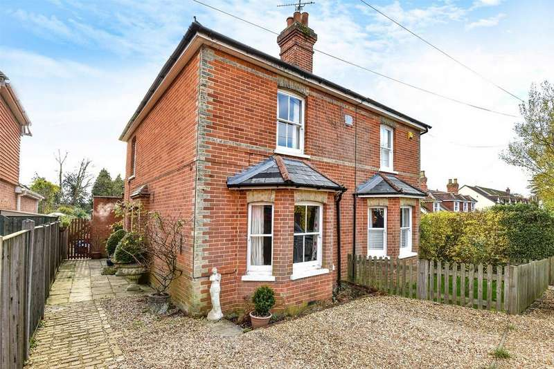 2 Bedrooms Semi Detached House for sale in Rowledge, Farnham, Surrey
