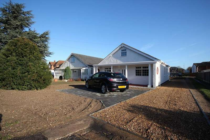3 Bedrooms Bungalow for sale in Bedford Road, Henlow, SG16
