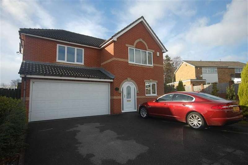 5 Bedrooms Detached House for sale in Royd Wells, Mirfield, WF14