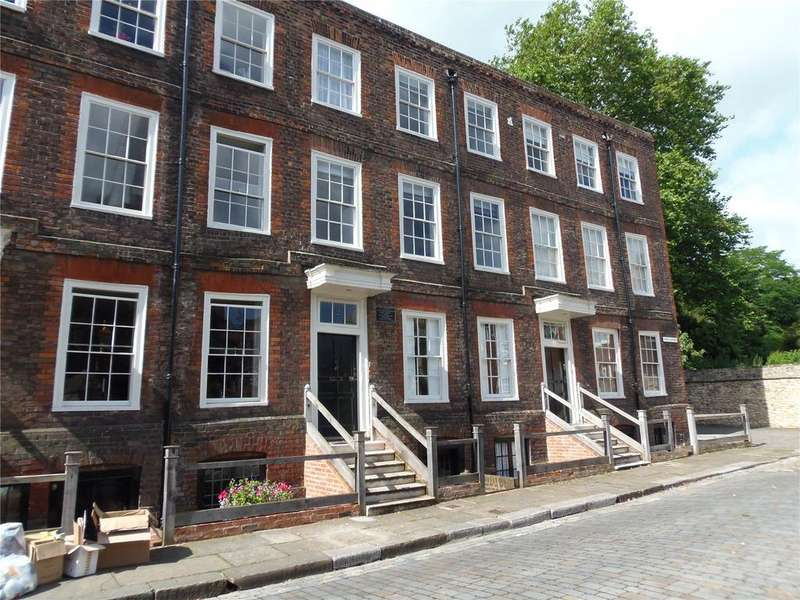 4 Bedrooms Terraced House for sale in Minor Canon Row, Rochester, ME1