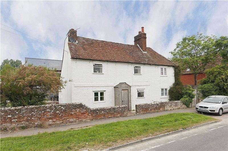 2 Bedrooms Semi Detached House for rent in Crock Cottages, Bentley, Farnham, Hampshire, GU10
