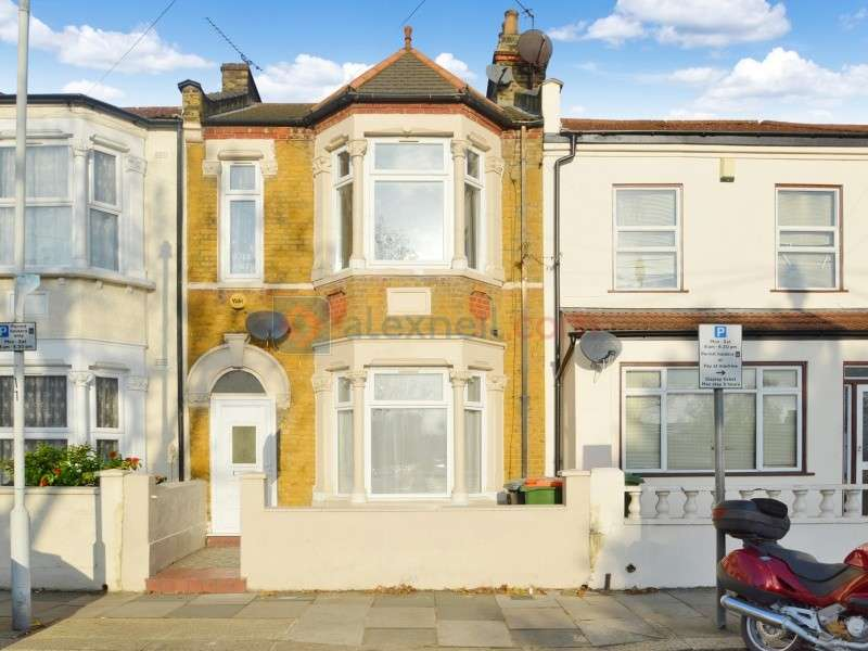 3 Bedrooms Terraced House for sale in St. Stephen's Road, East Ham E6