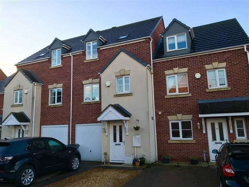 3 Bedrooms Town House for sale in Mayfield Close, Battlefield, Shrewsbury, Shropshire