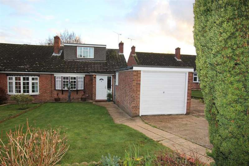3 Bedrooms Semi Detached Bungalow for sale in Danbury, Chelmsford