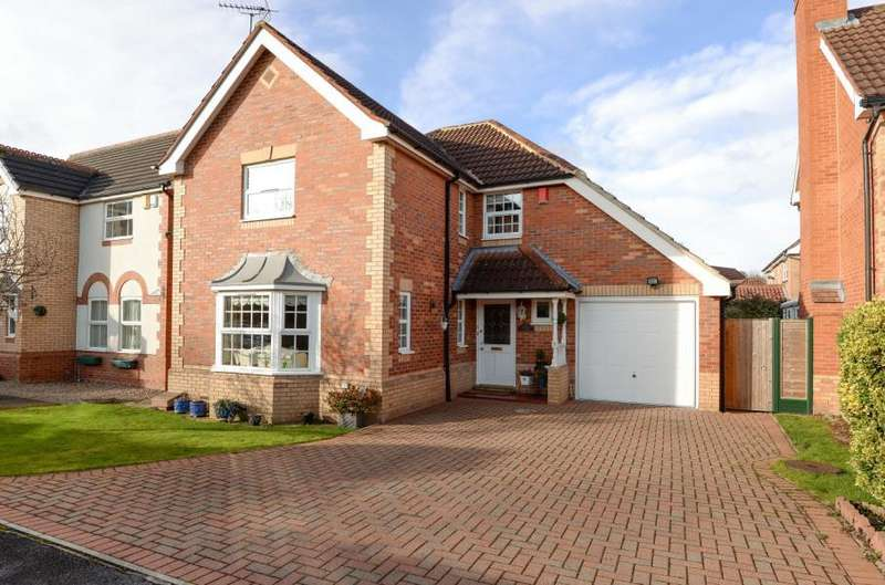 4 Bedrooms Detached House for sale in KINGFISHER REACH, COLLINGHAM, WETHERBY, LS22 5LX