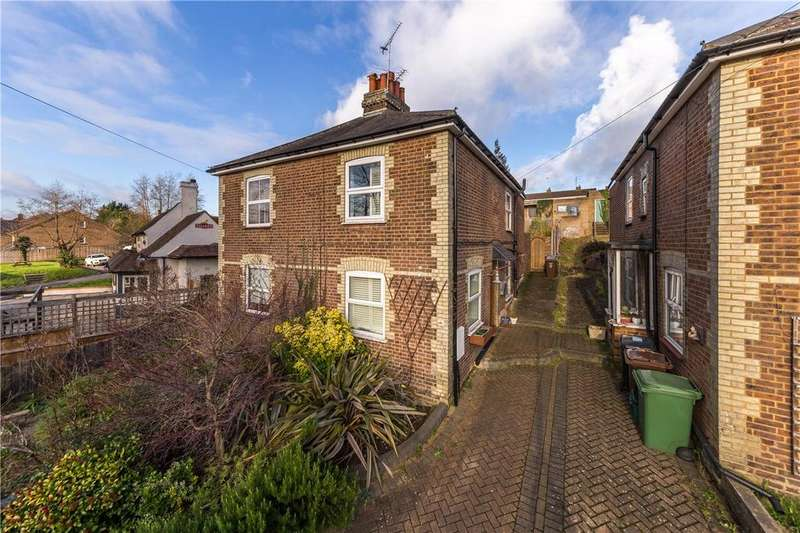 2 Bedrooms Semi Detached House for sale in Lower Luton Road, Harpenden, Hertfordshire