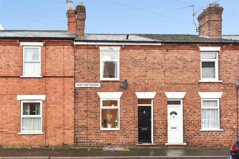 2 Bedrooms Terraced House for sale in Mill Road, Lincoln, LN1