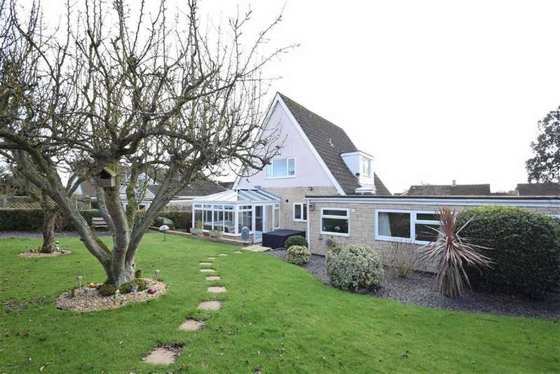 5 Bedrooms Detached House for sale in Sunfield Park, Off Mayfield Drive, Shrewsbury