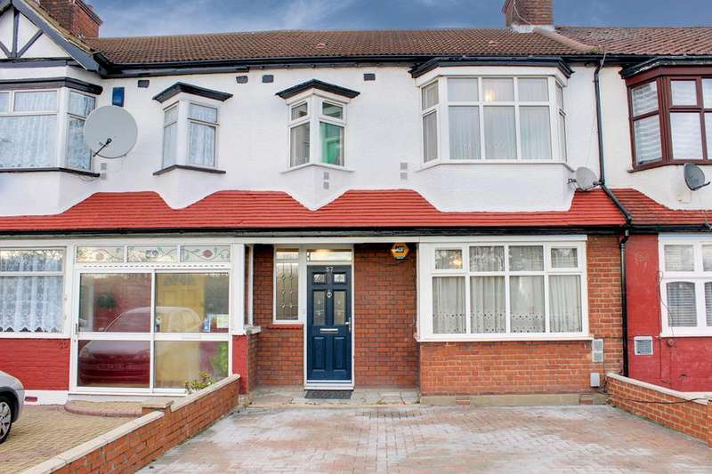 3 Bedrooms Property for sale in North Circular Road, Palmers Green, London, N13