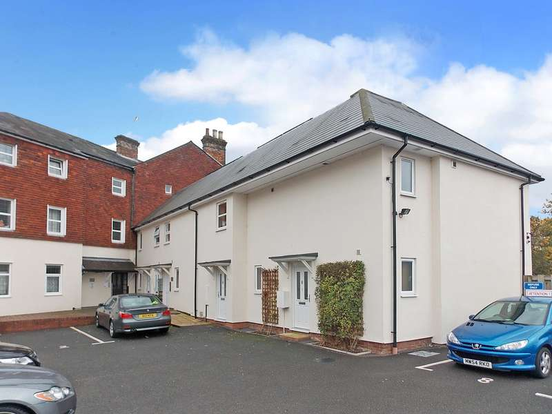 1 Bedroom Property for sale in Victoria Road, Aldershot GU11