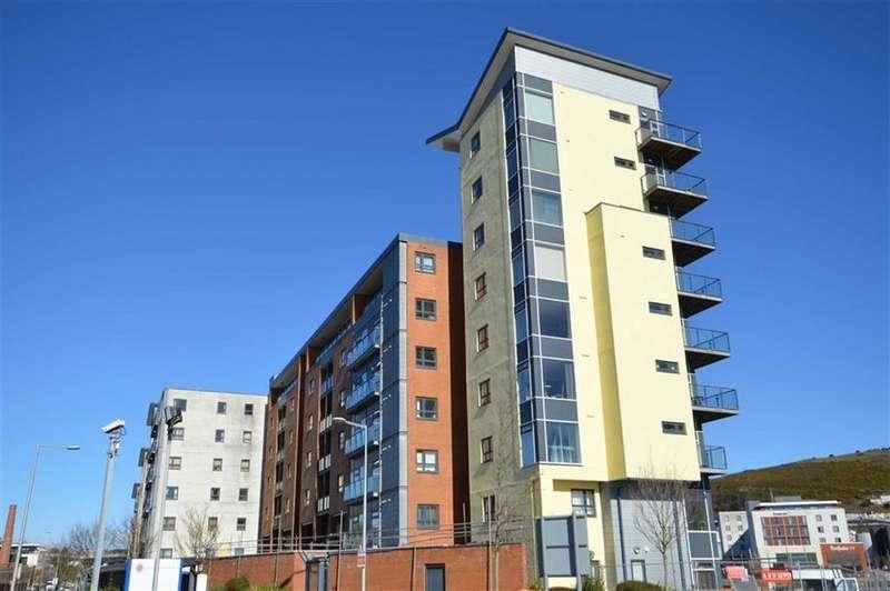 2 Bedrooms Flat for sale in Altamar, Swansea
