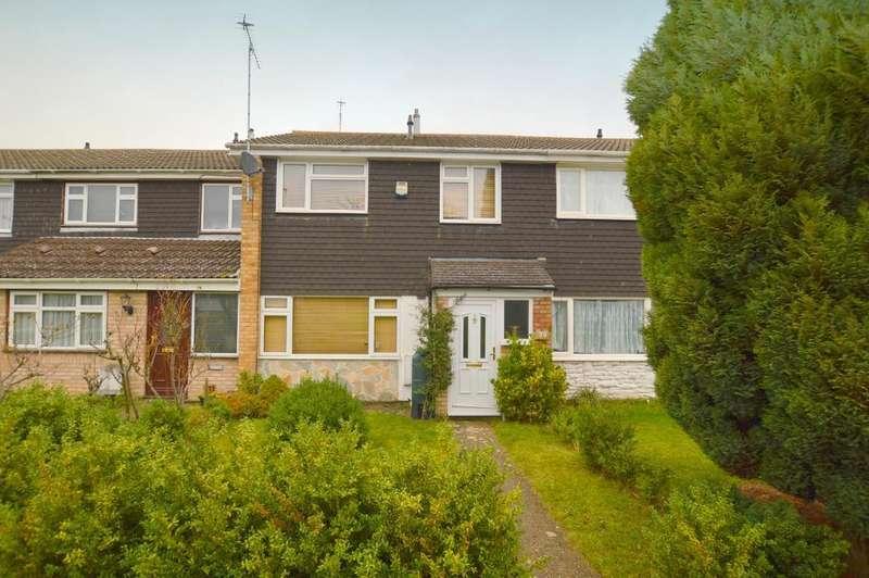 3 Bedrooms Terraced House for sale in Verulam Gardens, Luton, LU3 3SF