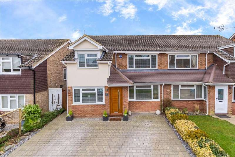 4 Bedrooms Semi Detached House for sale in Holts Meadow, Redbourn, St. Albans, Hertfordshire