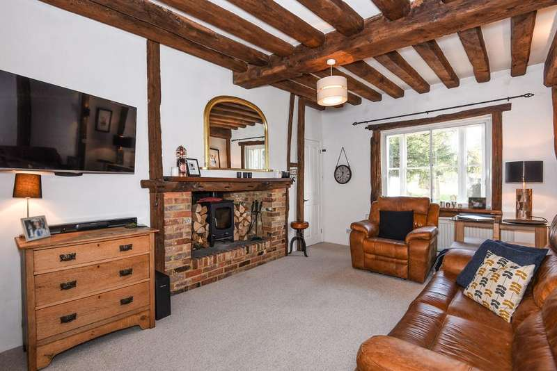 2 Bedrooms Cottage House for sale in High Street, Staplehurst
