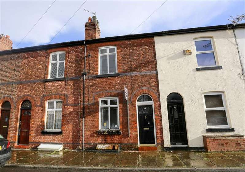 2 Bedrooms Terraced House for sale in Anglesea Avenue, Cale Green, Stockport