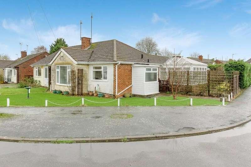 2 Bedrooms Semi Detached Bungalow for sale in Highfield Road, Winslow, Buckingham