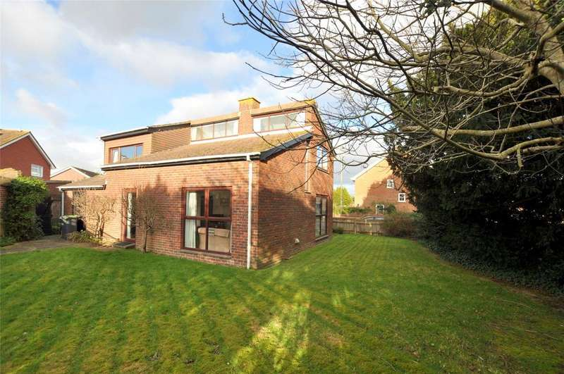 2 Bedrooms Detached House for sale in Warblington Road, Emsworth, Hampshire, PO10