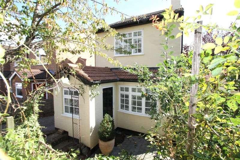 3 Bedrooms Detached House for rent in St. James's Road, Sevenoaks, Kent