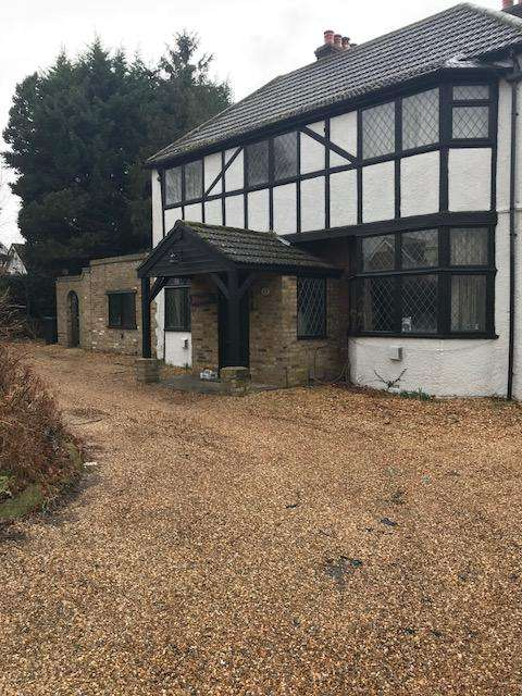 5 Bedrooms House for rent in East Ridgeway, Cuffly, EN6