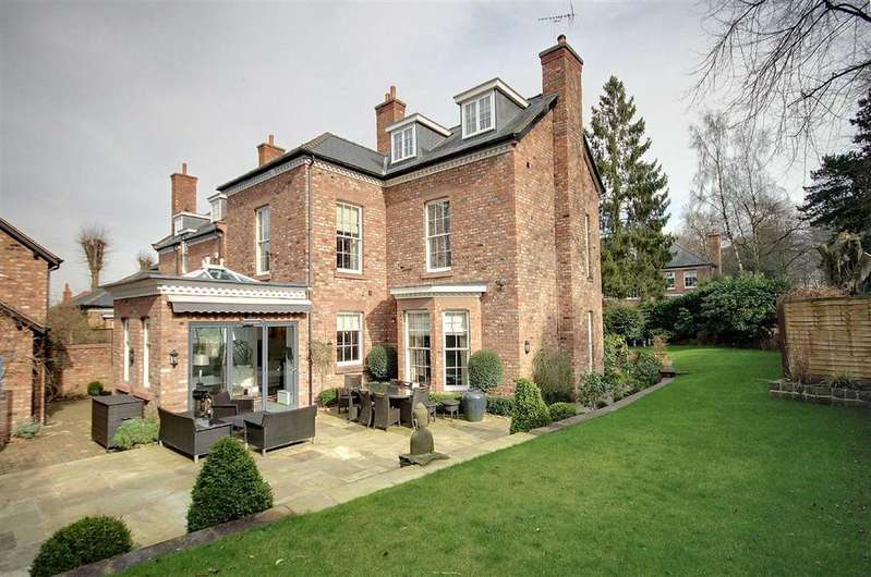 6 Bedrooms Detached House for rent in Bradgate Road, Altrincham, Cheshire