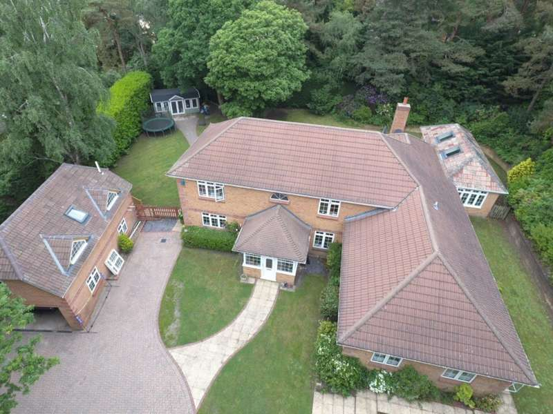 5 Bedrooms Detached House for rent in Ringwood, Hampshire BH24