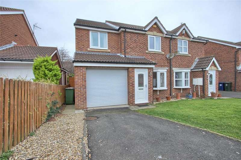 3 Bedrooms Semi Detached House for sale in Swanage Drive, Redcar