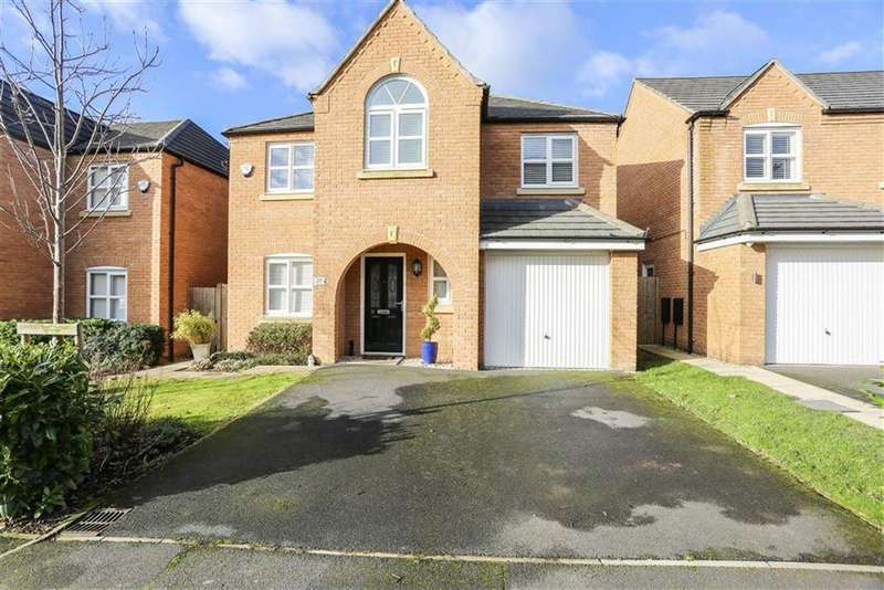4 Bedrooms Detached House for sale in Eastwood Drive, Marple, Cheshire