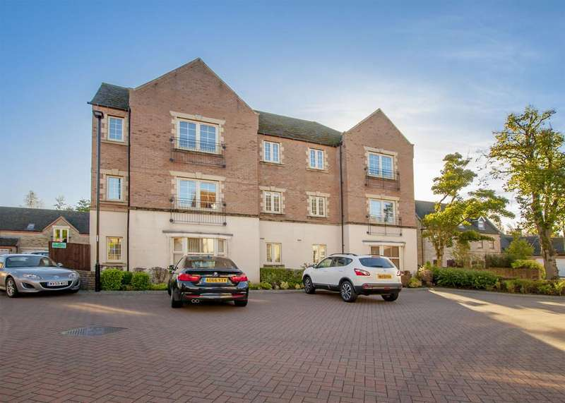 2 Bedrooms Apartment Flat for rent in 45 The Spinney, Dore, S17 3AL