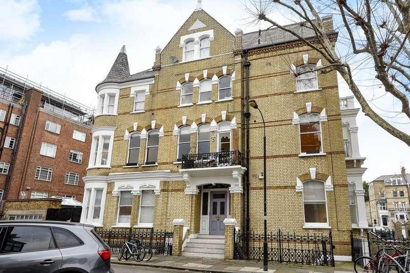 3 Bedrooms Flat for sale in Glazbury Road, West Kensington