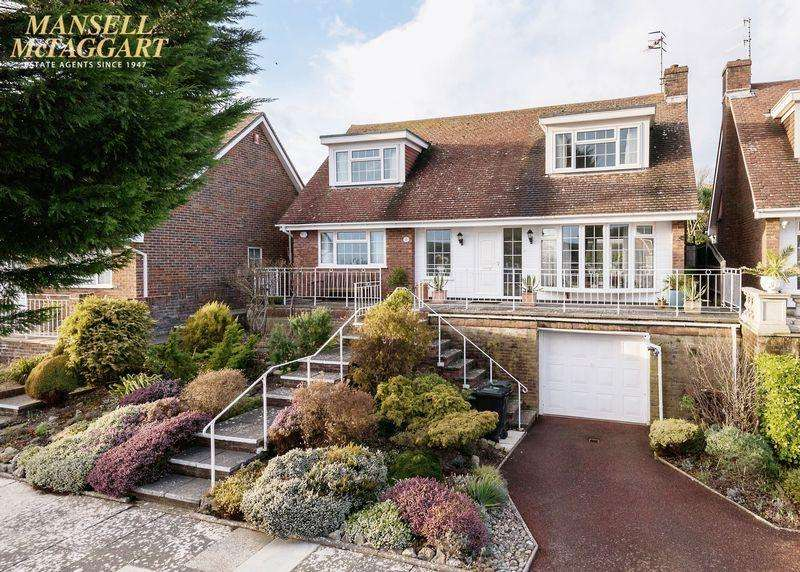 3 Bedrooms Detached House for sale in Royles Close, Rottingdean, East Sussex,