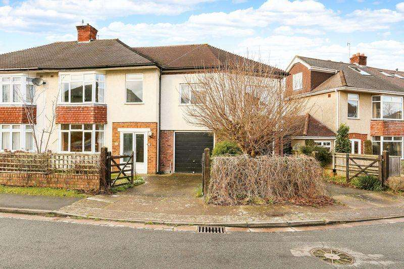 5 Bedrooms Semi Detached House for sale in Cote Park, Bristol