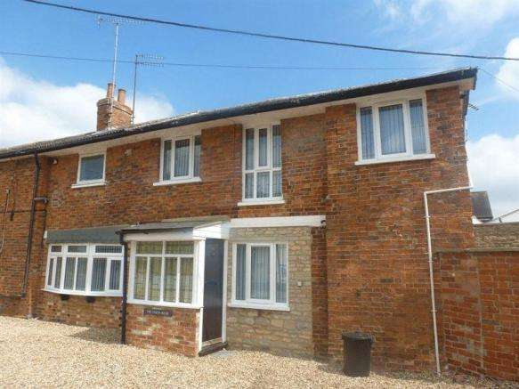 2 Bedrooms House for sale in Sherington, Newport Pagnell