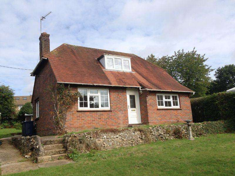 2 Bedrooms Bungalow for rent in New Road, Penn,