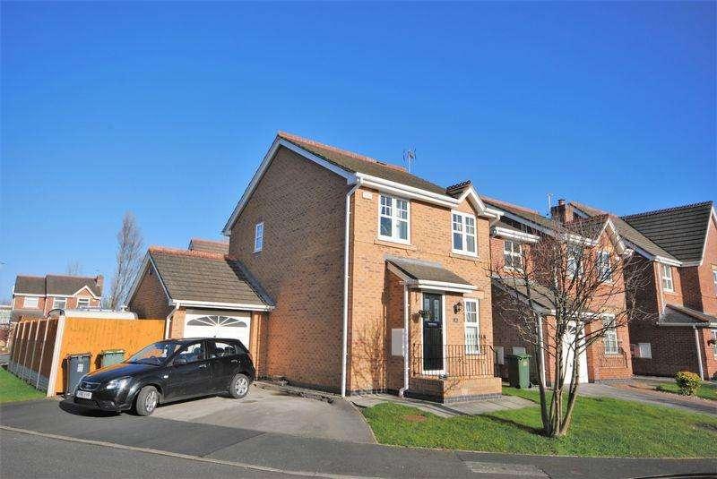 3 Bedrooms Detached House for sale in Cornflower Way, Moreton