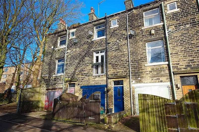 3 Bedrooms Terraced House for sale in Industrial Road, Sowerby Bridge, Halifax, HX6